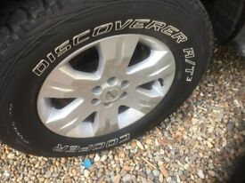 genuine nissan navara wheels and tyres x 4 with god tread