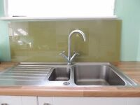 Glass kitchen splash back