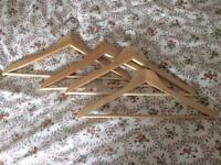 Set of 18 wooden hangers