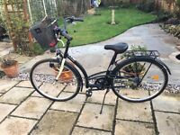 Ladies Dutch Style B'Twin Elops 300 Bicycle in Black. Little used.Excellent condition.Looked after.