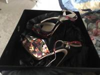 Karen Millen multicolour shoes