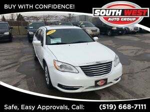2012 Chrysler 200 Touring, SUNROOF, HEATED SEATS