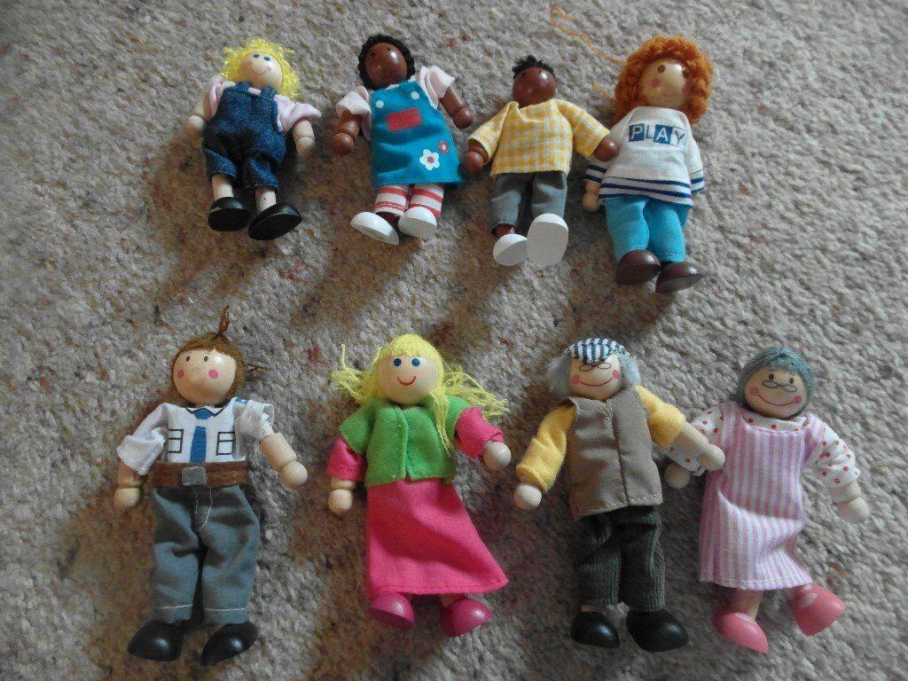 ELC wooden people set