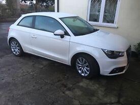 Audi A1 tdi sport 1.6 white
