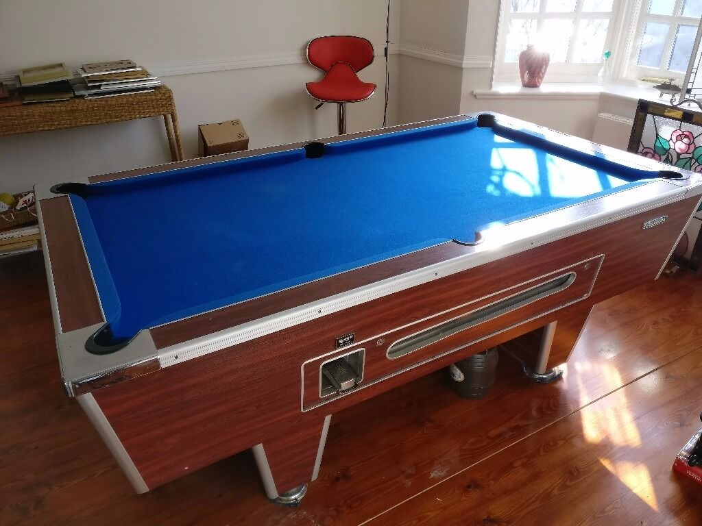 Pool Tablein Wimbledon, LondonGumtree - Fully working full size pool table for sale. Mechanically the table is in good order, with the operation by the coin dispenser (although no coins now needed!). The table was re felted approximately five years ago and had little use since. There are...