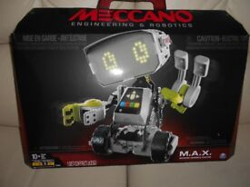 MAX MECCANO ROBOT
