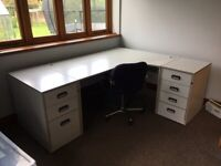 Office Desk and 2 lockable drawer units