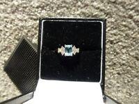Stunning Aquamarine and 6 Diamond engagement/dress ring
