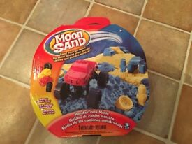 Moon Sand Monster Trucks set : unused