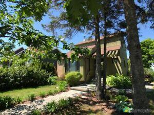 232 000$ - Maison 2 étages à vendre à Rimouski (Rimouski)