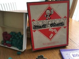 1940's WW2 boxed Monopoly pieces