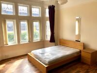 Large Double Bedroom available in 6 bed house-share, close to Sefton Park & Lark Lane. No Deposit