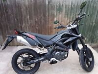 KSR TW 125cc supermoto motorbike. ONLY 1 MONTH OLD! 24 MONTH WARRANTY LEARNER LEGAL