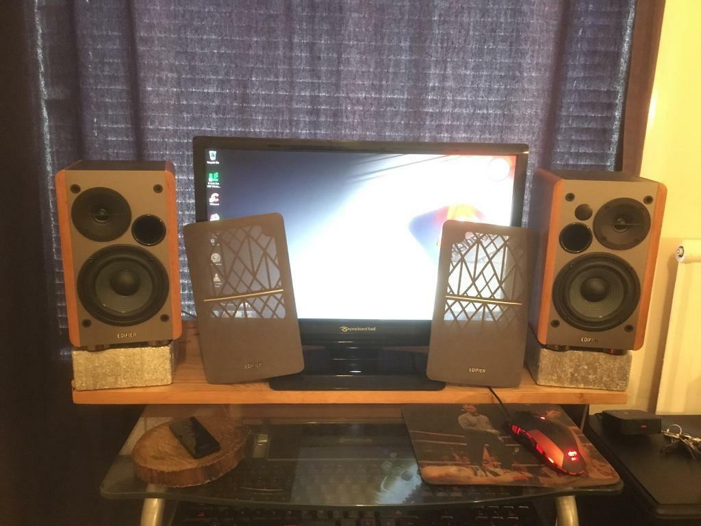 edifier r1280t active sudio monitor speakers in southend on sea essex gumtree. Black Bedroom Furniture Sets. Home Design Ideas