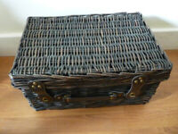 Wicker Picnic Hamper Basket Dark Brown New