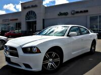 2014 Dodge Charger SXT LIKE NEW! Sunroof 8.4 Touchscreen Alpine