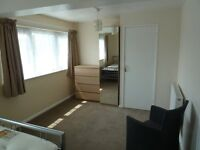 Exceptional Large Double Room in Basildon