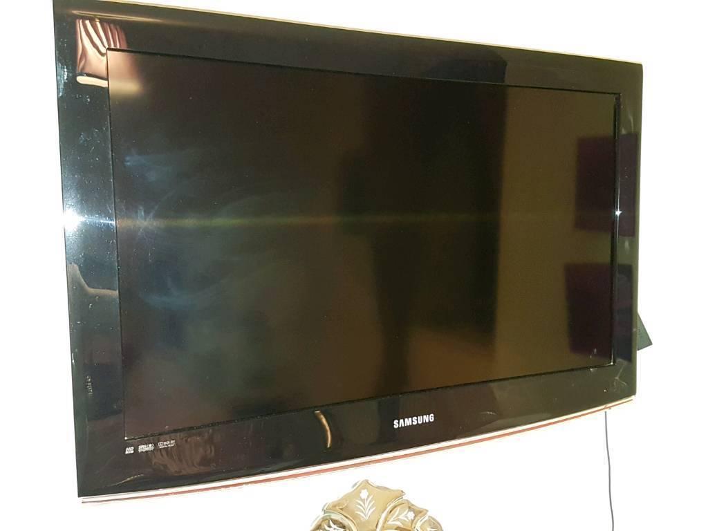32 inch HD Ready Samsung TV