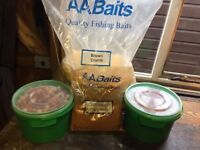 FISHING BAIT 4KG MIXED BOILIES & 12KG BAG BROWN CRUMB GROUNDBAIT CARP & COARSE