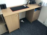 Desk ** CHEAP ** MINT ** With/without comfortable Seat