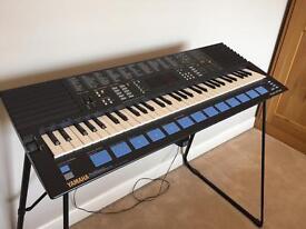 Yamaha PSS-680 Keyboard