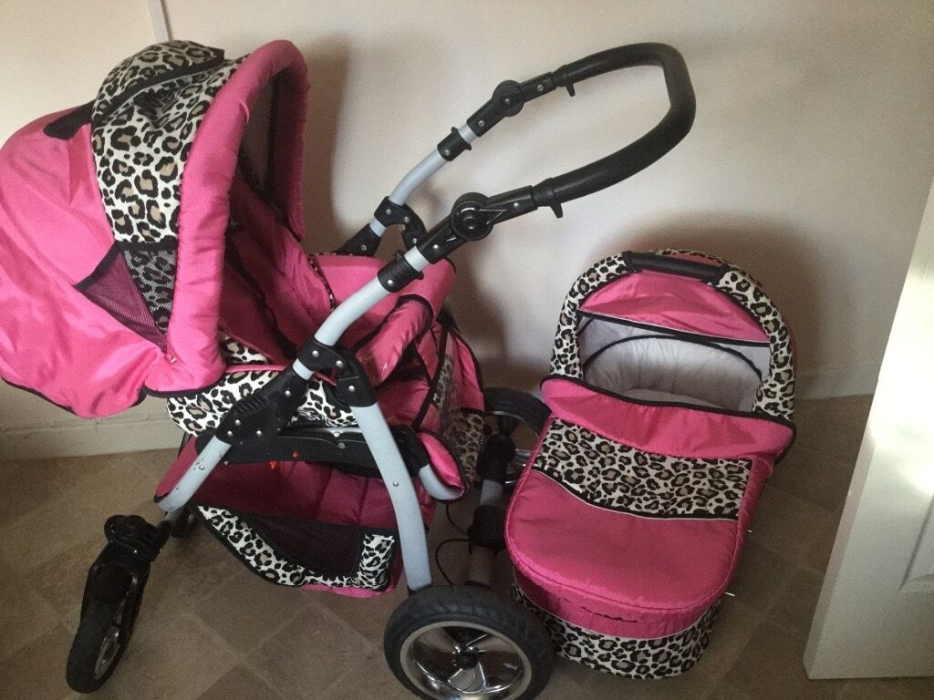 2in one pramin Toxteth, MerseysideGumtree - Nice girly pram used condition from birth up to 4 years old child comes as seen pick up only quik sale £50