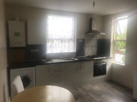 Private Landlord 2 Bedroom Spacious Flat Quiet Couple Or 2 Single Persons