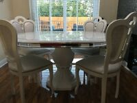 Italian Gloss white dining table and 4 chairs