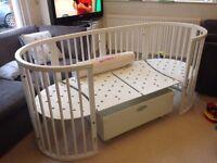 Stokke Sleepi Cot / Junior Bed