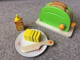 Hape Toy Pop-Up Toaster Set