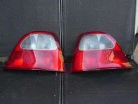 ROVER25/MGZR PAIR OF REAR LIGHT UNITS