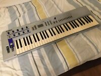 Yamaha CS2x sample based synth 61 keys in perfect condition