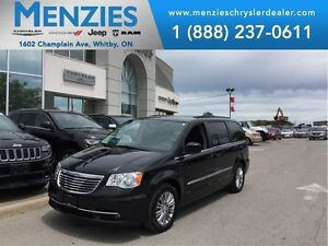 2016 Chrysler Town & Country Touring-Leather, Bluetooth, Clean C