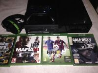 Xbox one With 4 Game's Blue control