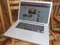 "Apple Macbook Pro, i7, 15"""