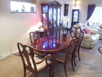 DINING ROOM SUITE, TABLE, 6 CHAIRS & LED LIT DISPLAY CABINET.