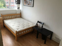 BARGAIN OFFER - Lovely Double Room Available Now In Limehouse!