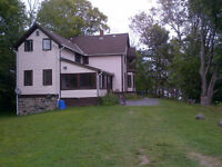 Victoria W/E $1800 Rousseau Cottage sleeps 15 summer available