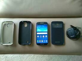 Samsung S4 unlocked with accesories