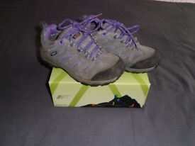 Karrimor Kids Walking Trainers/ Boots - Size C13