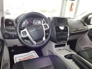 2016 Chrysler Town & Country TOURING-L LEATHER 7 PASS Kitchener / Waterloo Kitchener Area image 17