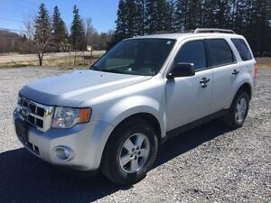 2010 Ford Escape XLT LEATHER