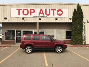 2012 Jeep Patriot Sport/North Clean body, 4x4 Brand new motor...