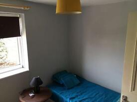 CHEAP ROOM IN CANNING TOWN WITH BILLS INCLUDED