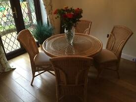 Conservatory / Dining table and 4 chairs
