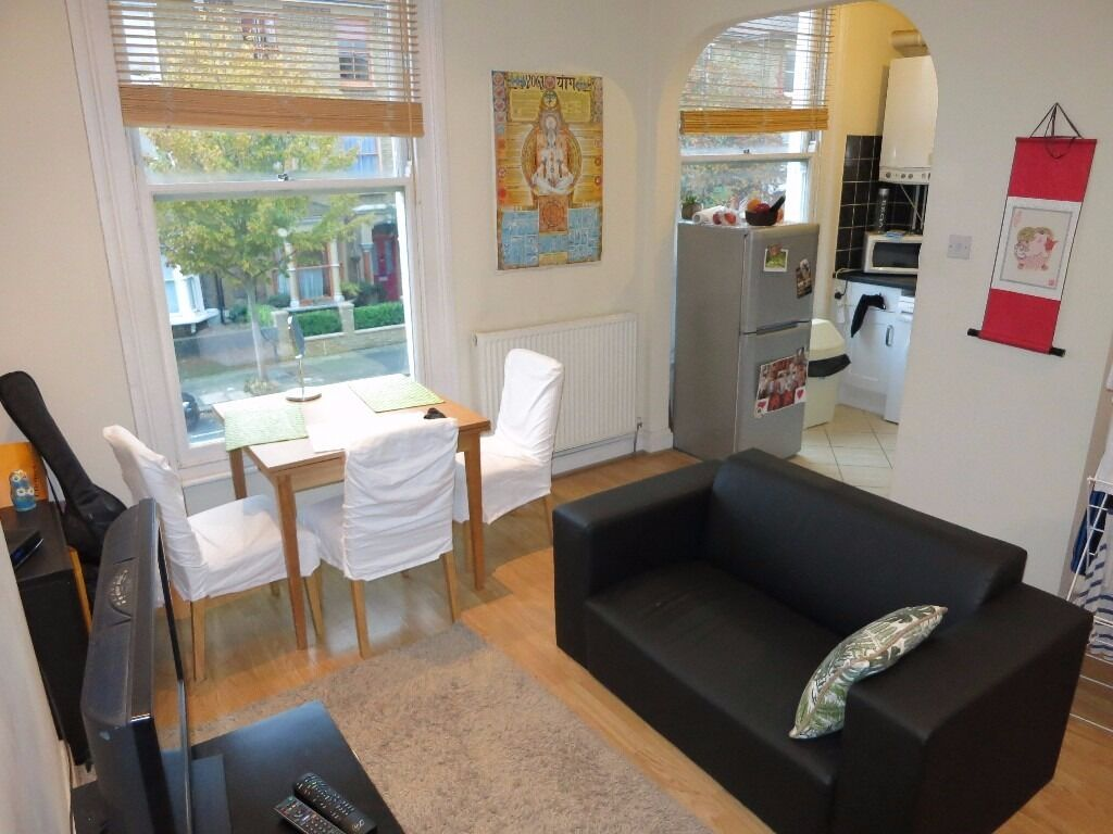 1 WEEKS RENT FREE !!!!! SPLIT LEVEL 2 BED FLAT CLOSE TO FINSBURY PARK & MANOR HOUSE TUBE N4