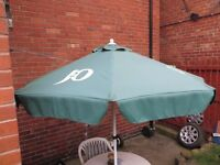Garden Parasol Outdoor Green Plastic from the Pub