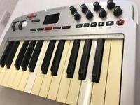 M Audio oxygen 2 midi keyboard controller 25 keys