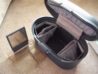 Samsonite makeup travel case. Number coded lock. Internal compartments and mirror