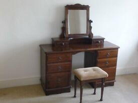Double pedestal dressing table with 6 drawers, gallery mirror unit and stool